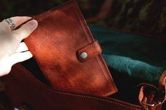 """Mit """"Valentin"""" hast du stets das Wichtigste dabei: Geld, Ausweise und das gewisse Etwas. Gusti Leder Nature Tasche Geldbörse Portemonnaie Brieftasche Vintage"""