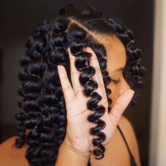 These heatless wand curls tho #textureshot #curls #protectivestyles