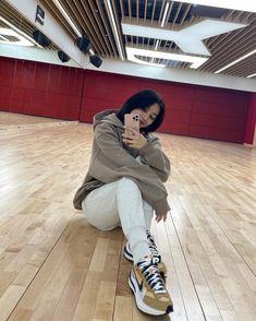 Tweets con contenido multimedia de misa •ᴗ• (@misayeon) / Twitter South Korean Girls, Korean Girl Groups, Park Ji Soo, Jihyo Twice, Chaeyoung Twice, Fandom, Minatozaki Sana, Im Nayeon, Thomas The Train