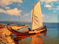"""Ria de Aveiro, Portugal. Barco Moliceiro/Seaweeds Boat Centro de Caridade """"Nossa Senhora do Perpétuo Socorro"""" - Porto."""