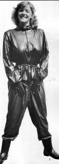 Photos I like Vinyl Raincoat, Pvc Raincoat, Plastic Mac, Latex Wear, Rubber Raincoats, Rain Suit, Heavy Rubber, Satin Blouses, Wet Look