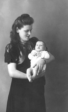 Malka de Leeuw with her baby Belia. Belia de Leeuw was born in Winterswijk, Netherlands on July 1942 and murdered in Auschwitz four months later on November The Lost World, World War Two, Book Burning, Charley Project, Never Again, Young Life, Lest We Forget, Losing A Child, Childhood