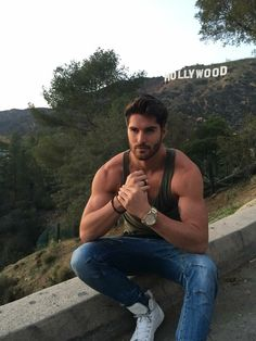 Nick Bateman discovered by Mikea on We Heart It Nick Bateman, Look At You, How To Look Better, Ontario, Ugly Love, Dark Blue Eyes, Good Night Everyone, Dream Boyfriend, Fan Picture