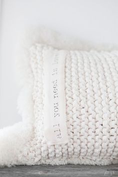 ♥ EASY-looking pillow idea. Garter stitch with chunky yarn! Add some woolly… Knit Pillow, Pillow Talk, Pillow Fabric, Crochet Cushions, Winter House, Shades Of White, Pure White, White White, Cream White