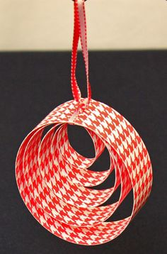 Easy Christmas Crafts Paper Circles Ornament red finished hanging ornament