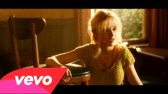 Christina Aguilera - Something's Got a Hold On Me (Burlesque) (+playlist)