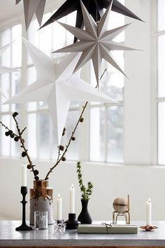 Creeer een kerst sfeer in huis met deze papieren sterren van House Doctor. Verkrijgbaar bij www.bijsuuz.nl