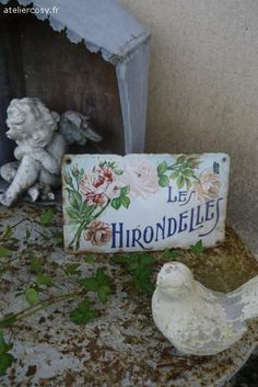 Ancienne plaque émaillée de maison Brocante de charme atelier cosy.fr