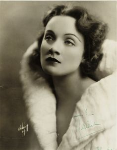 Marlene dietrich - first American photo shoot: portrait by Chidnoff, New York Old Hollywood Glamour, Golden Age Of Hollywood, Vintage Hollywood, Hollywood Stars, Classic Hollywood, Hollywood Divas, Marlene Dietrich, Berlin, American Photo