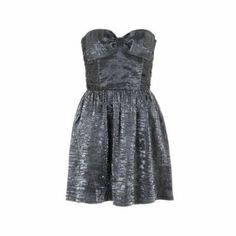 A glitz and glam prom dress... need we say more? The perfect party dress. #partydresses #promdress