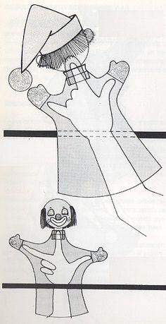 Výsledok vyhľadávania obrázkov pre dopyt ako sa to robí barbie šitie Glove Puppets, Felt Puppets, Marionette Puppet, Hand Puppets, Finger Puppets, Beginning Embroidery, 1st Grade Activities, Weaving For Kids, Puppet Patterns