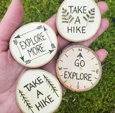 Ideas wood burning ideas kids for 2019 – Holz Wood Slice Crafts, Wood Burning Crafts, Wood Burning Patterns, Wood Burning Art, Wood Crafts, Diy Crafts, Circle Crafts, Wooden Keychain, Wood Circles