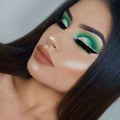 Gorgeous Makeup: Tips and Tricks With Eye Makeup and Eyeshadow – Makeup Design Ideas Cute Makeup, Glam Makeup, Gorgeous Makeup, Pretty Makeup, Makeup Inspo, Makeup Inspiration, Hair Makeup, Makeup Ideas, Cheap Makeup