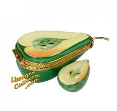 Half Green Pear with Slice Limoges Box (Beauchamp).