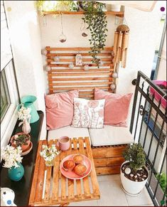 71 apartment style balcony decorating ideas for your home 10 Decor, Small Balcony Furniture, Terrace Decor, Terrace Design, Small Balcony Decor, Patio Decor, Home Decor, Apartment Decor, Small Decor
