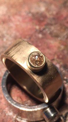 Fantastisk guldring med 0,54 carat diamant