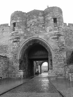 Gate of the Prison of Lincoln