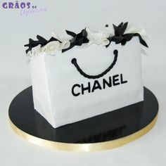 Saco Chanel - Grãos de Açúcar - Bolos decorados - Cake Design