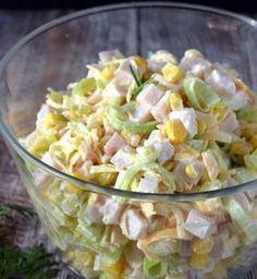 Krakovský sýrový salát se hodí jako příloha k obědu nebo lehká večeře. Stačí jen pár surovin a máte doma poklad! -