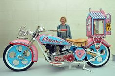 Thankfully there are people who see things differently - and are prepared to go public! Grayson Perry, Political Art, British Museum, Craftsman, Sculpture, Exhibitions, Artist, Public, Google