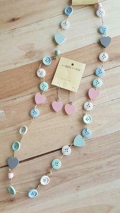 Yarn Necklace, Wooden Necklace, Diy Earrings, Beaded Necklace, Diy Jewelry, Beaded Jewelry, Jewelry Accessories, Jewelry Making, Button Jewellery