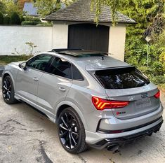 Luxury Sports Cars, Best Luxury Cars, Luxury Suv, Audi Q3, Cb 650f, Best Cars For Teens, Nardo Grey, Lux Cars, Car Goals