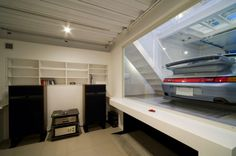 Kenji Yanagawa Designs Home in Osaka Around a Porsche 911