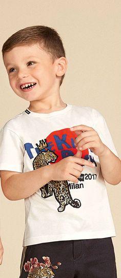 Cute! Dolce Gabbana Junior Boys Tiger Tshirt and Shorts for Summer 2018. #dolcegabbana #kidsfashion #dgkids #fashion #kids #boy #summer #style