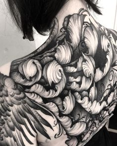 This bit is healed, but added a bit more to the bottom of Jorden's back. Going to town on her ribs next- woof!!