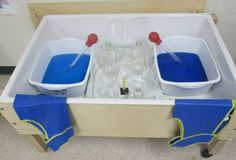 TUESDAY Coloured water transfer from For the Children Eyfs Activities, Nursery Activities, Sensory Activities, Preschool Colors, Preschool Centers, Sand And Water, Water Play, Play Based Learning, Learning Through Play