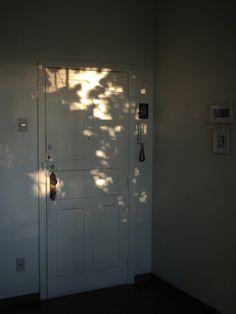 luz en la puerta