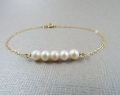Pulsera de perlas y gold filled Perlas y balines de por Sifrimania