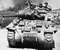 proposed Tank Destroyer line M10 Wolverine, M10 Tank Destroyer, Heroes And Generals, Army Infantry, Ww2 Photos, Ww2 Tanks, United States Army, American Soldiers, Panzer