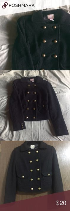 FOREVER 21 / jacket Lovely gold button jacket from FOREVER 21. Comfortable to wear. 40% wool 60% viscose for the outside of the jacket, the lining inside is 100% polyester. Functional pockets. Excellent condition. Feel free to make an offer!   🌟•11/16/16 Fall Fashion HP• Forever 21 Jackets & Coats