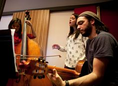 Studio Complex    Students of Master in Contemporary Studio Performance. On the contrabass, Priscilla Vela, vocalist Sarah Mount and Ousso Lofty on the guitar.
