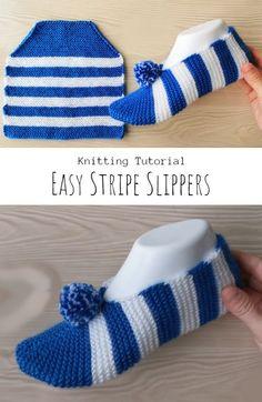 Knit Stripe Slippers - Pretty Ideas Knitting Stiches, Easy Knitting Patterns, Knitting Socks, Free Knitting, Baby Knitting, Crochet Patterns, Knit Slippers Free Pattern, Knitted Slippers, Striped Slippers