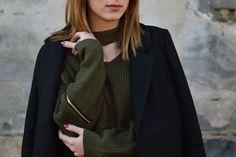 Chunky choker sweater