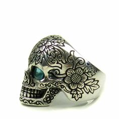 Sterling Silver Etched Blue Eye Skull Ring