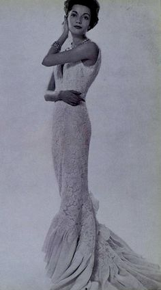 Pierre Balmain, 1958