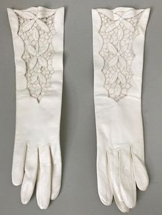 Florence Gloves 1960s Vintage White Italian Leather