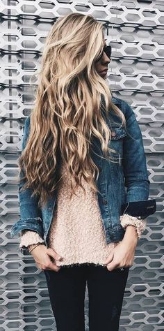 summer outfits Denim Jacket + Blush Lace Top + Black Skinny Jeans