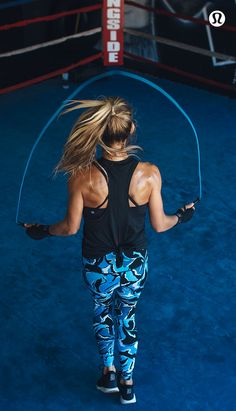 Women's run, training, and yoga gear to keep you covered and comfortable no matter how you like to sweat. Shop for workout clothes or travel clothes for women. Fitness Motivation, You Fitness, Fitness Goals, Health Fitness, Fitness Shirts, Michelle Lewin, Weight Lifting, Weight Loss, Lose Weight