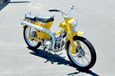We love the yellow color on this 1968 Honda Motorcycle! Classic Honda Motorcycles, Small Motorcycles, Vintage Motorcycles, Vintage Bikes, Vintage Cars, Antique Cars, Custom Bobber, Custom Bikes, Honda Scrambler