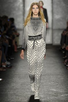 Marc by Marc Jacobs RTW Spring 2014, Black and White geometric