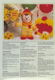"Кукляндия: Журнал ""Ежи"" ( Knitted Hedgehogs by Jean Greenhowe) Knitted Nurse Doll, Knitted Dolls Free, Crochet Toys, Knitting Dolls Free Patterns, Teddy Bear Knitting Pattern, Christmas Knitting Patterns, Simply Knitting, Knitting For Charity, Knitting For Kids"