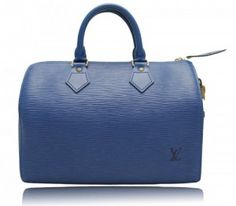 Louis Vuitton vintage speedy 25 bag, in my bedroom right now :D bought in Tokio Japan...