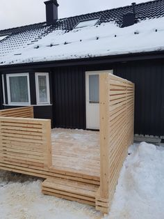 Ny terrasse i malmfuru.