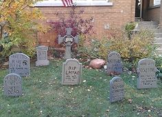 The 'Pop is Dead' House | 20 Houses That Are Clearly Winning At Halloween