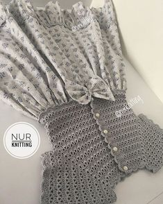 Knitting Patterns, Crochet Patterns, Crochet Baby Clothes, Couture, Crochet For Kids, Kids And Parenting, Baby Dress, Girl Outfits, Girls Dresses