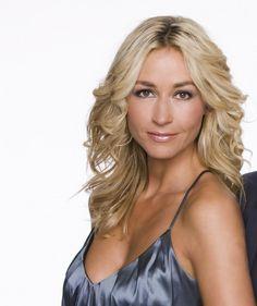 Wendy van Dijk  is een Nederlands actrice en presentatrice. Geboren: 22 januari 1971